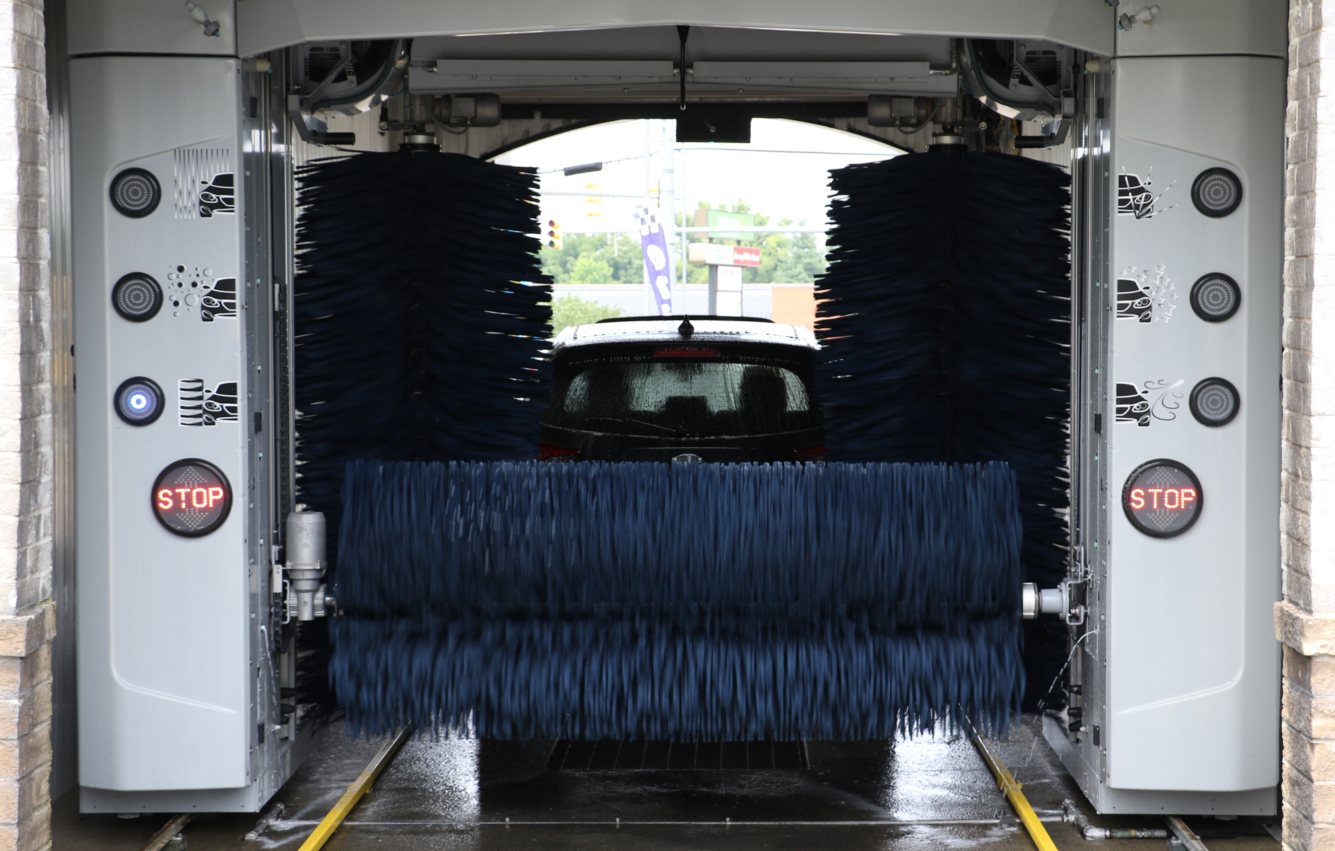 Image of the iWash car wash friction bays. iWash is a car wash in the Brentwood and Nashville area.